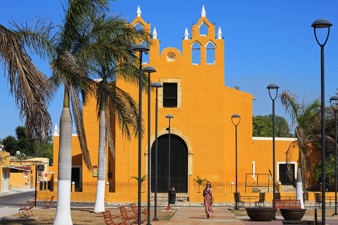 Yellow City of Izamal Yucatan Mexico off the beaten path church in town, guide and tips